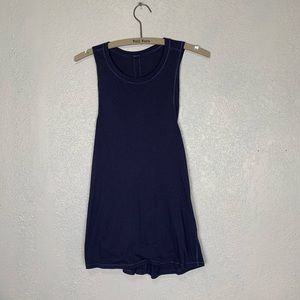 Lululemon navy crossover back tank